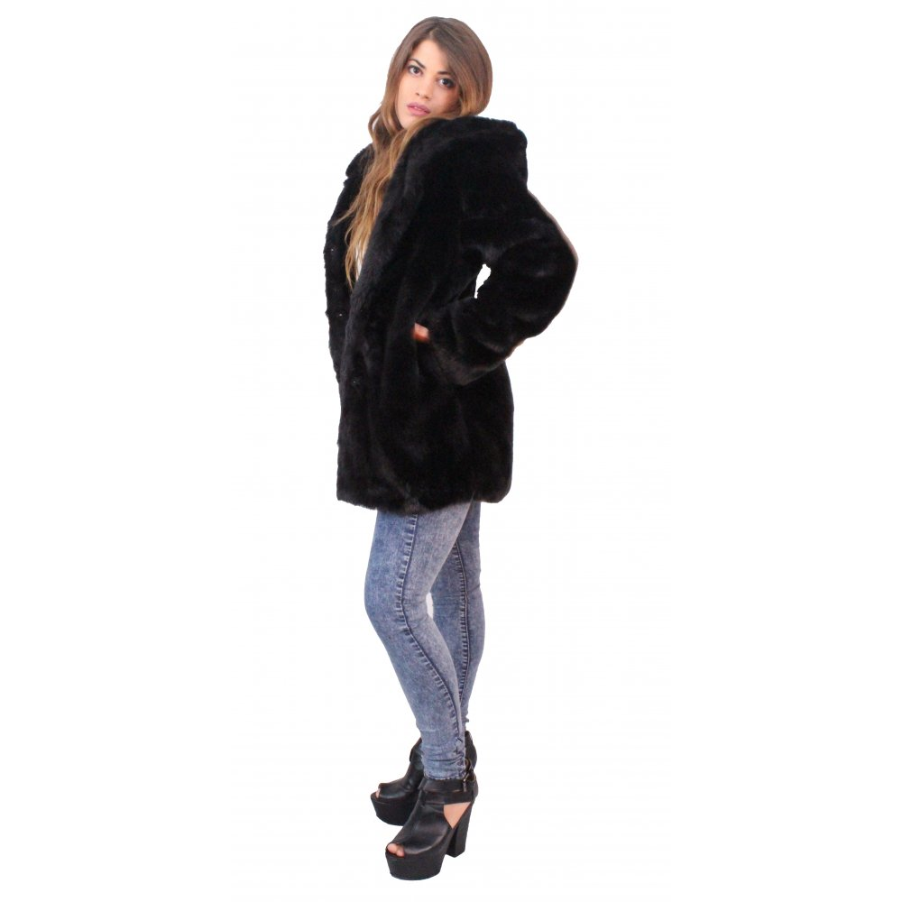 Add instant glam with faux-fur jackets & coats from Forever Shop online today for the perfect new accent piece to your wardrobe. you must notify us immediately by sending an email to F21xMe@Forevercom and identifying the User Content along with an explanation of the issue. Faux Fur Hooded Jacket. 2 Colors. QUICK VIEW. $ Faux.