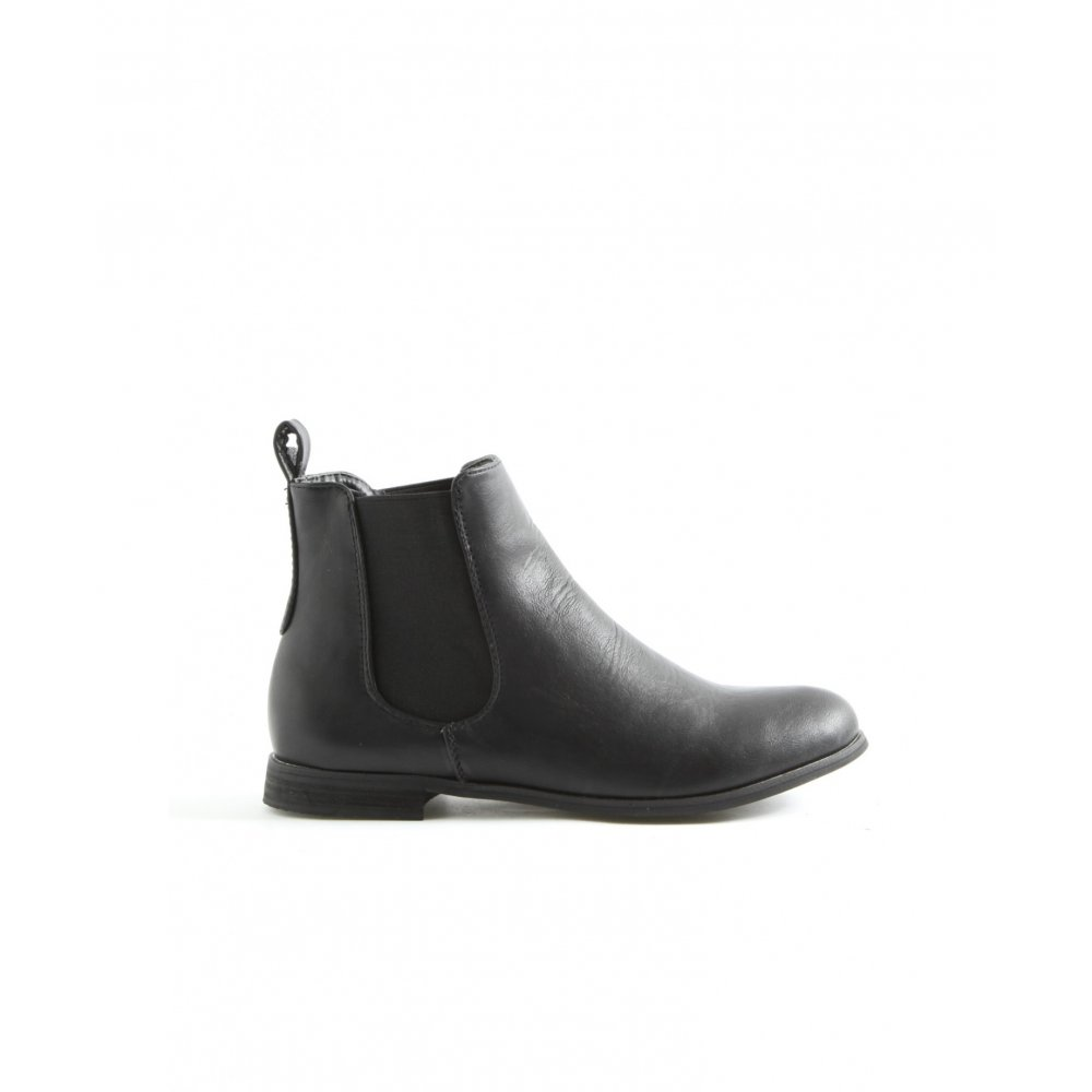 Erin Black Flat Riding Ankle Boots - Parisia Fashion