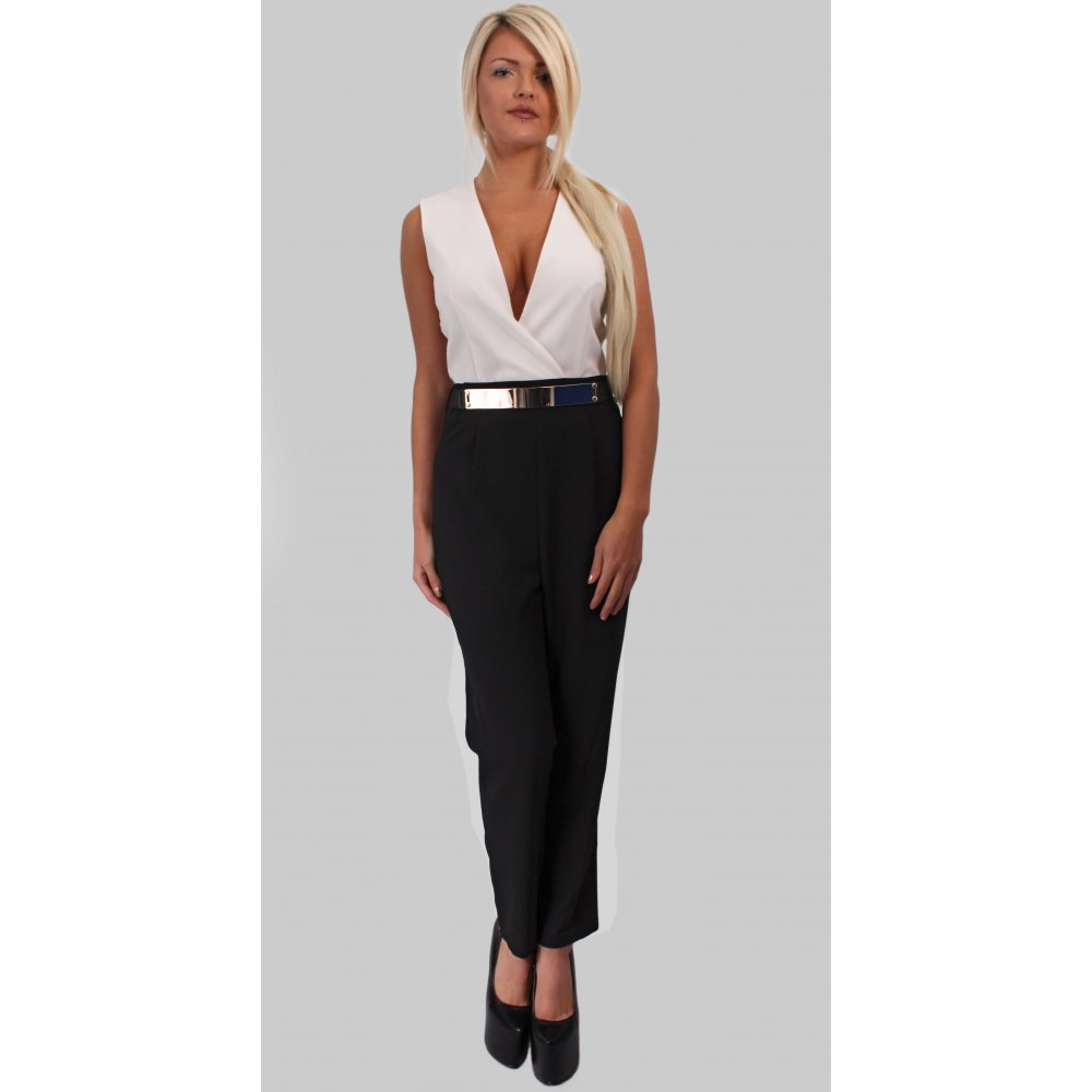 Shopbop offers a charming collection of black and white jumpsuit for the woman who knows what she wants. Discover some new black and white jumpsuit to elevate your look.