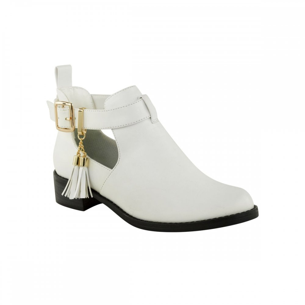 Rita White Flat Ankle Boots With Tassel Detail - Parisia Fashion