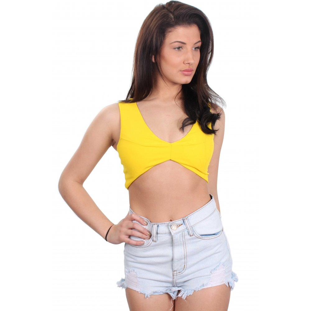 Make the most of summer with our varied collection of crop tops. With styles from top designers like Tommy Jeans to classic square neck camis and cropped hoodies, all the essential styles are here.