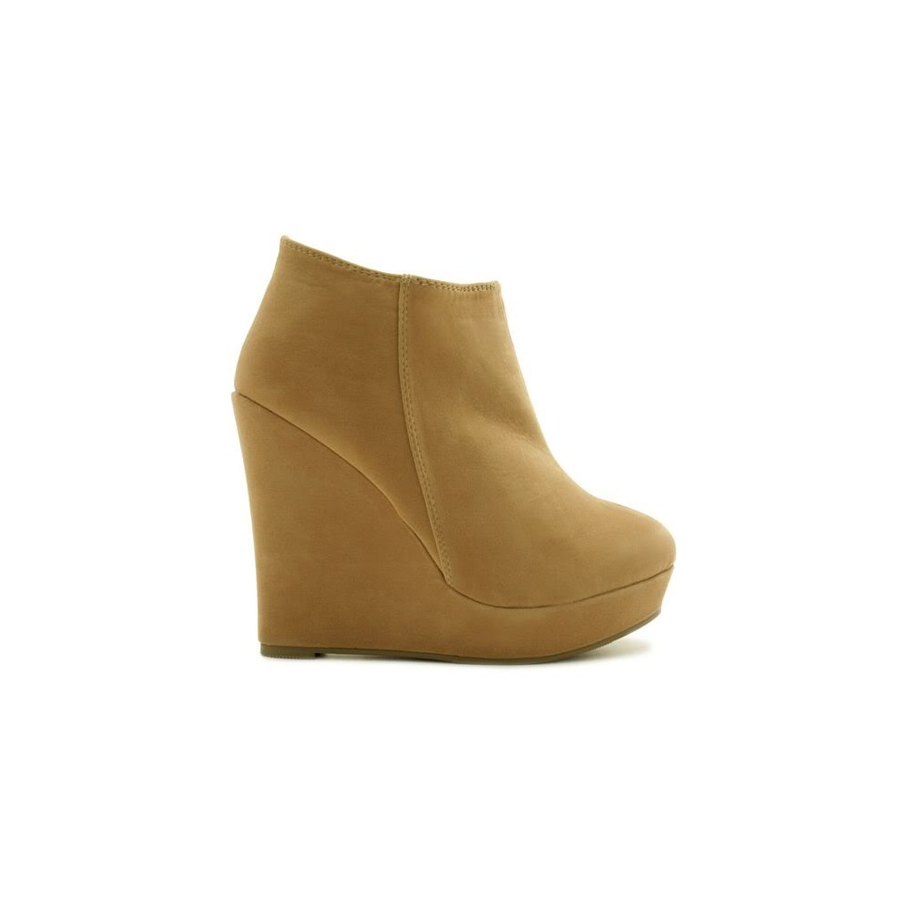 You searched for: wedge heel boots! Etsy is the home to thousands of handmade, vintage, and one-of-a-kind products and gifts related to your search. No matter what you're looking for or where you are in the world, our global marketplace of sellers can help you find unique and affordable options. Let's get started!