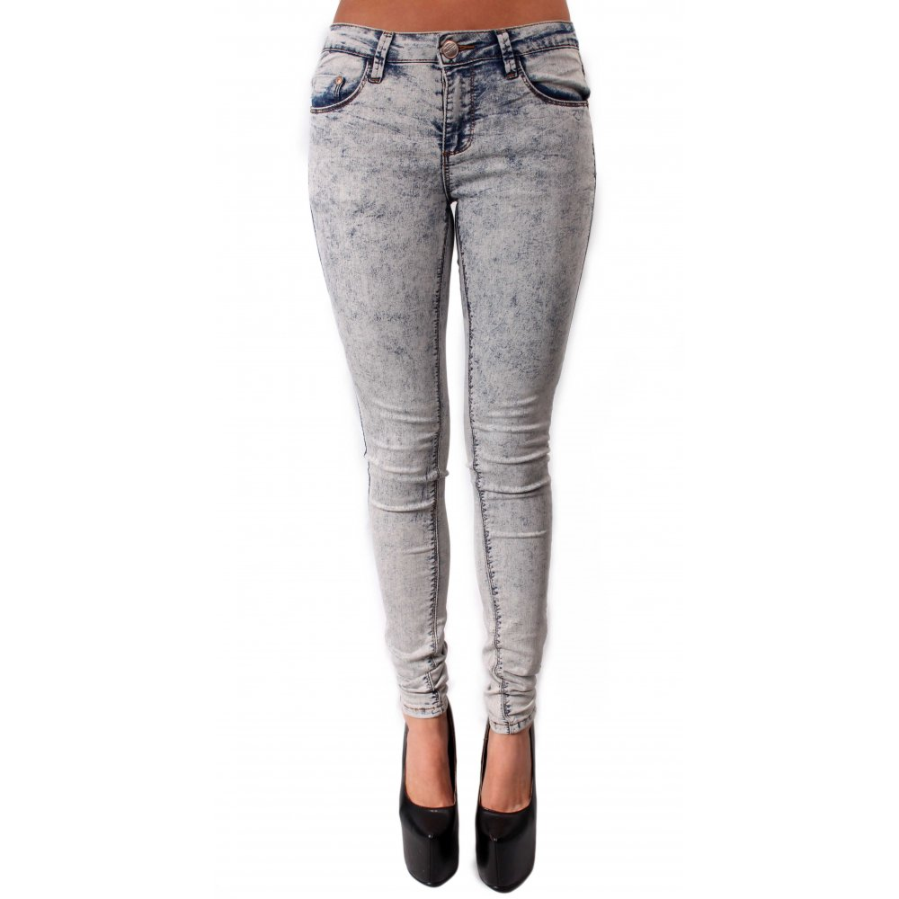 Featuring a high rise and a slimming silhouette, shop the collection of Skinny or Super Skinny women's jeans. All our jeans are available in a full & inclusive size range from 00 to plus size Wash medium blue.